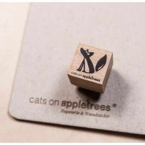 stempel zittende vos Ewald | Cats on Appletrees